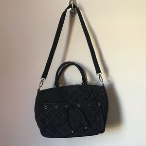 VERA BRADLEY Black Quilted Hand Bag